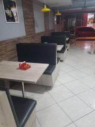 Mesa completa com 4 cadeiras