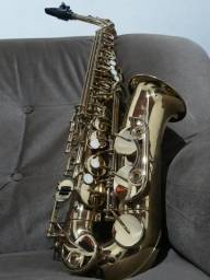 Saxofone alto (contralto)