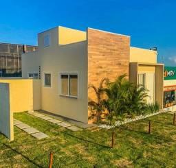 Vendo casa em condomínio com 2/4 próximo do Feira 9, com área para ampliação!