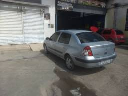 Renault clio sedan privilege 2005