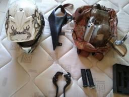 Peças e capacete