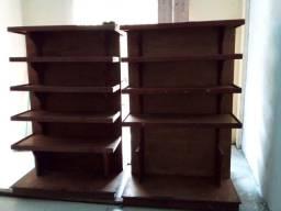 Vendo 02 prateleiras de madeiras