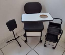 Cadeira e assessórios pra manicure e Pedicure.