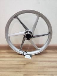Rodas da Titan (Scud) 150/ Fan 150 - ESD - Cor: Prata