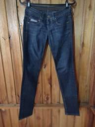 602 - Calça jeans feminina - Tam 36