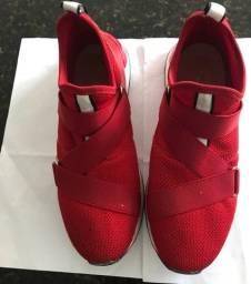 Tenis Mercado do sapato