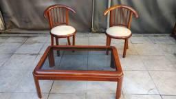 Título do anúncio: Conjunto 2 Cadeiras e mesa de centro.