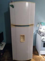 Título do anúncio: Vendo geladeira 450 litros