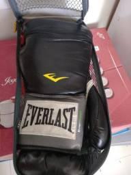 Luvas de Boxe Everlast Pro Style - 14 OZ - Adulto - R$ 100,00 - Semi nova
