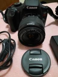 Título do anúncio: Vendo Canon T6 Completa.