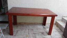 Mesa jantar em madeira padrão mogno usada