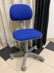 Cadeira escritório nova