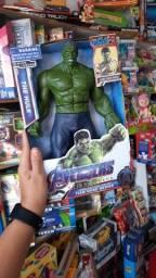 Boneco hulk vc encontra na @Pedrollishopping