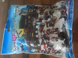 Brinquedo Blocos de Montar Lego Police Presente Swat Novo