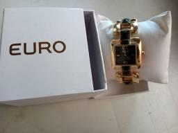 Relógio NOVO feminino Euro. Em Recife. R$ 150,00