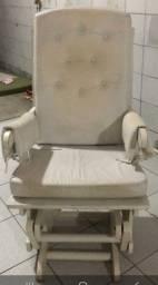Cadeira de balanço. Cadeira de Amamentação