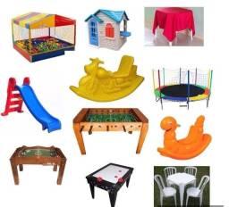 Aluguel de brinquedos e mesas com cadeiras
