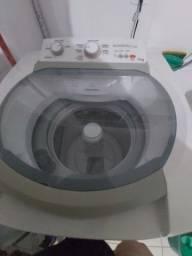 Título do anúncio: Máquina de lavar Electrolux com tanque de inox 12kg