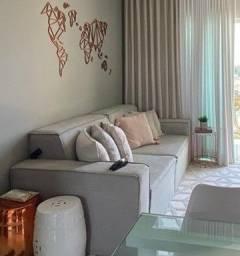 Sofá de linho cinza