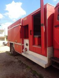 Título do anúncio:  Caminhão Equipamento de bombeiro
