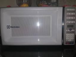 Microondas Electrolux 34 litros