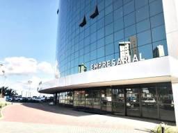 Sala Comercial no Empresarial Heron Marinho, Bairro do Mirante