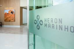 Apartamento de alto padrão no Heron Marinho, 02 vagas de garagem