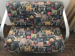 Jogo de poltrona semi novo , sofá com marcas de uso