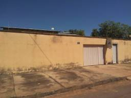 Alugo casa no Setor Sônia regina em Taquaralto