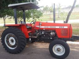 Trator Massey Ferguson<br><br>