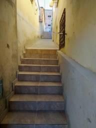 Barracão de 01 quarto, sem vaga de garagem, entrada conjunta. cod:SLD5287