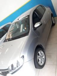 Renault Logan 1.6 | 2015