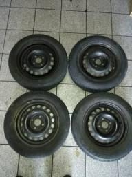 Jogo de rodas com pneus aro 14