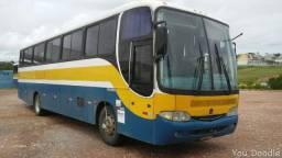 Ônibus Rodoviário comil