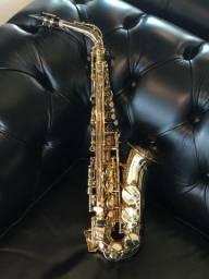 Saxofone alto Eagle SA 501 LAQUEADO