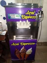 Máquina Italianinha de açaí e sorvete expresso