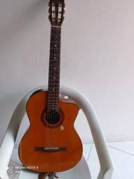Violão Takamine Nylon elétrico acústico.