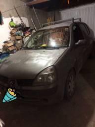 Clio sedan 1.0 16v