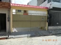 Casa na Duque entre Chaco e Curuzu R$. 1.700,00
