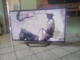 """Smart TV 3D LED 55"""" LG Full HD 55LA6200 com Wi-Fi Integrado ( df: listras na tela)"""