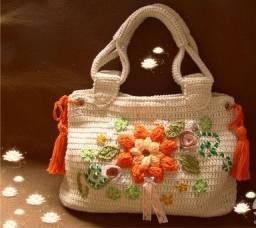 Bolsa de mão de crochê... lindíssima perfeita!! Linha de ggualidade
