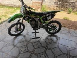 Título do anúncio: Kawasaki kx250f