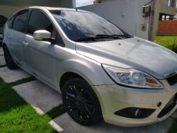 Focus Hatch Ghia 2009