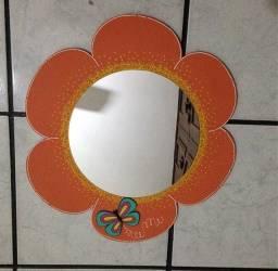 Espelho flor da marca fricote laranja