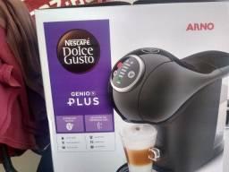 Vendo cafeteira Arno Dolce Gusto