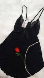 Camisola preta toda em renda - LUXO