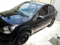 Fiesta sedan 2005 1.0