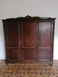 Título do anúncio: Armário Vintage - Madeira de Lei