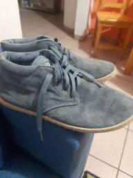 Sapato cinza