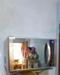 Microondas inox Electrolux pra vender